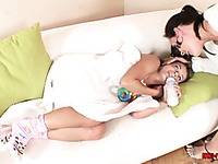 Infantile girl Jeny Baby prefers feeding bottle to Veronica Carso's breast