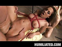 The nasty pornstar Kiera King behaves kinky and naughty when getting acquainted with guy