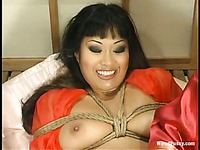Chanta Rose loves to play with shaved hairless pussy of rope tied Dragon Lily