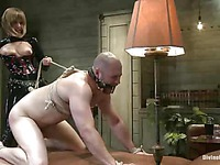 Maitresse Madeline dressed in latex fucks helpless ass of tied up guy David Chase