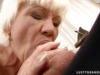 Guy gets his sausage hungrily eaten by sex starved mature blonde Orhidea