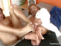 Jaslene Jade gives an awesome footjob to a kinky dude with a foot & legs fetish