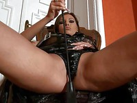 There is nothing Donna Bell loves more than to pose fetish style and tease us.