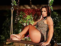 Jenna Presley is a foot fetish princess and she is using her sexy feet to seduce a guy