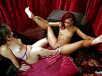 Lusty babes Skin Diamond and Kristina Rose suck on toes and do a bit of foot fisting