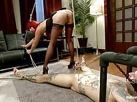 Cougar Maitresse Madeline plays with a tattooed emo guy who offers to her his hard balls.